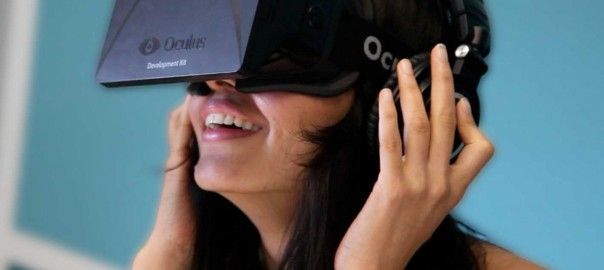 Oculus Riftを使う女性